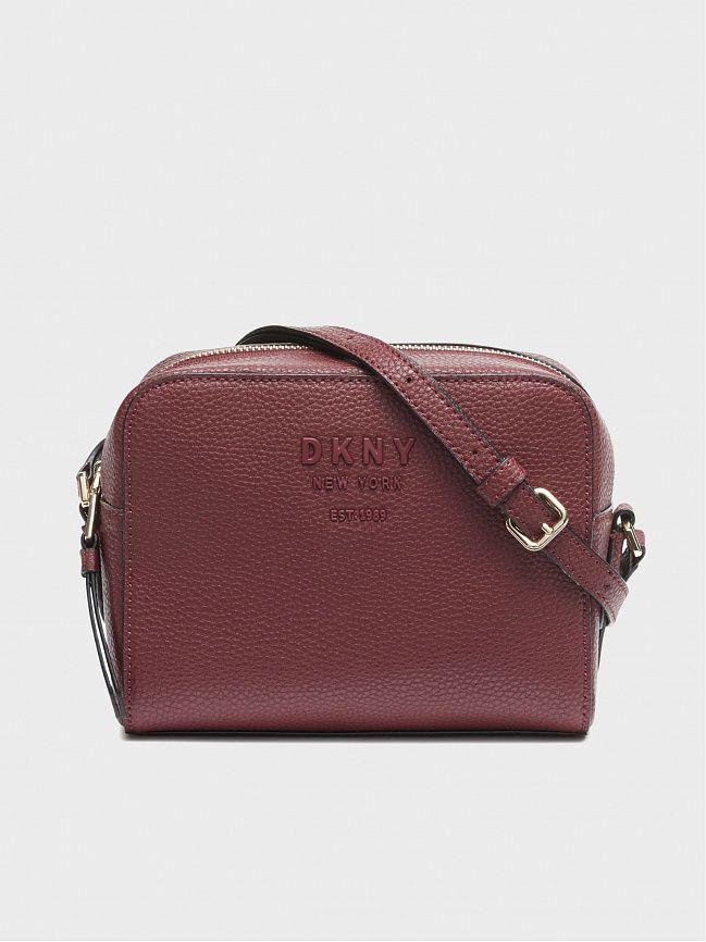 c603123aef35 Женские сумки DKNY в официальном интернет-магазине в России.
